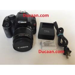 Canon EOS Rebel T2i / EOS 550D 18 MP D-SLR Camera w/ EF-S 18-55mm Image Stabilizer Lens